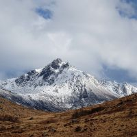 Looking up Glen Rosa to Cir Mhor (Dave Wylie)