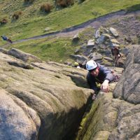 James determined on Chockstone Chimney (VD) (Mark Griffiths)