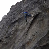 Will clipping on the crux of Cairn (7a) (Daniel O'Brien)