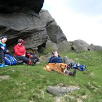 Lunch at Edale Rocks (Roger Dyke)